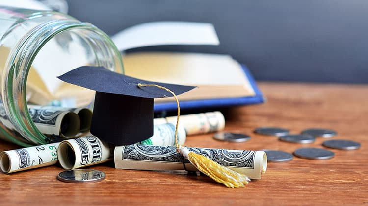 scholarship-money-grad-cap